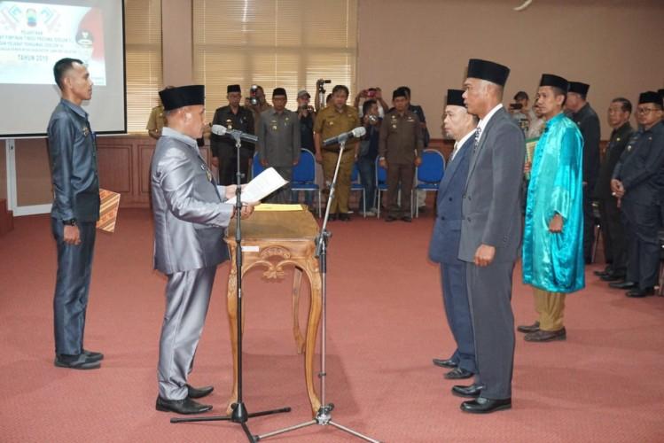 Nanang Lantik Dua Pejabat Lamsel