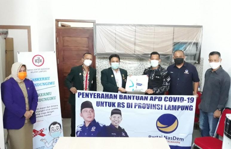 NasDem Lampung Bantu Ratusan APD Untuk Petugas Medis