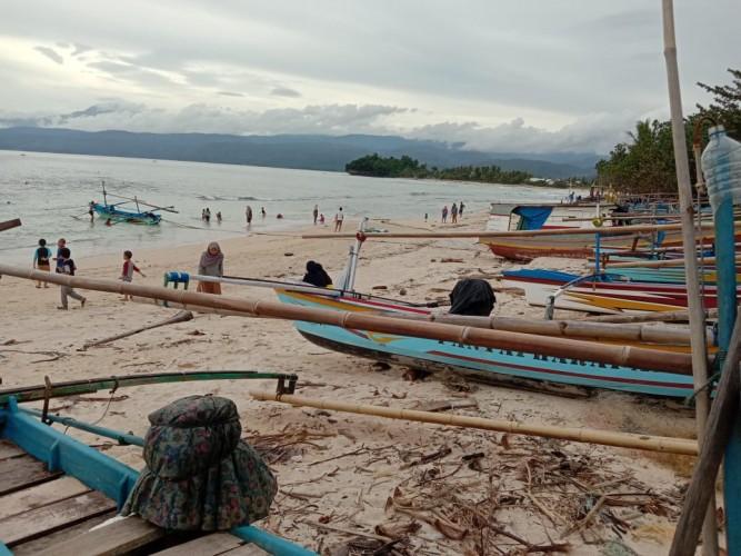 Nelayan Pesibar Diimbau Waspadai Cuaca Ekstrem