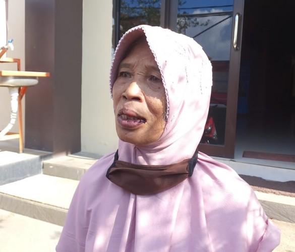 Nenek Penjual Air Panas Melapor Dipukul Satpam RSUDAM