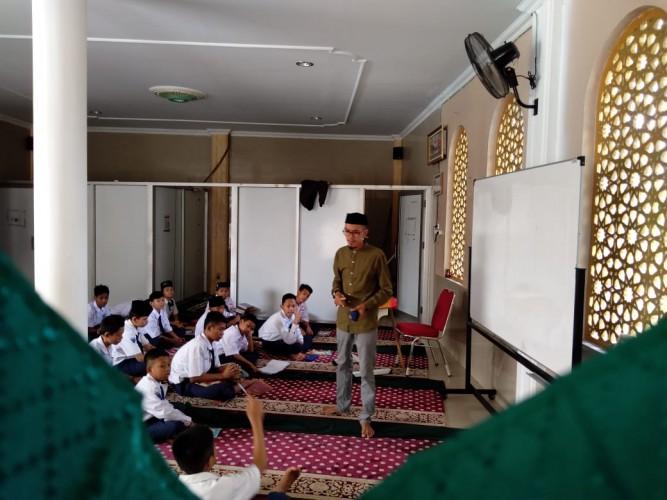 New Normal, Santri Pondok Pesantren Mulai Aktif Belajar