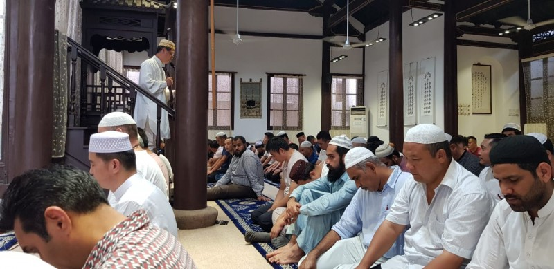 Nikmatnya Salat di Masjid Kota Shanghai
