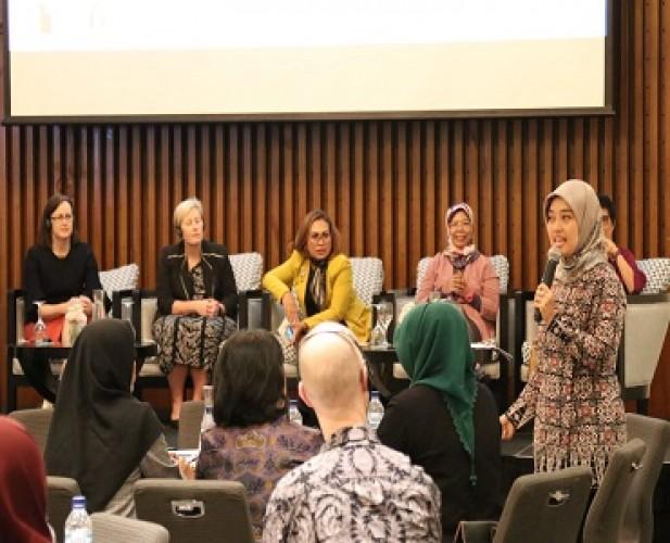 Nunik Dorong Kesetaraan Peran Perempuan di Sektor Pelayanan Publik