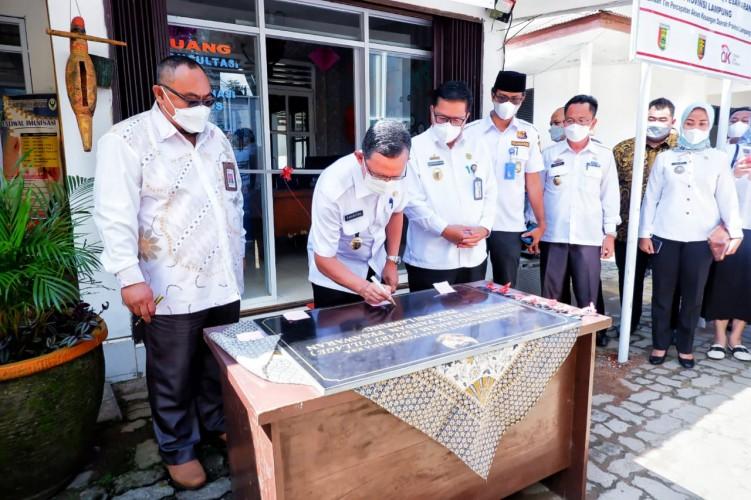 OJK dan BEI Kenalkan Pasar Uang lewat Galeri Investasi Desa