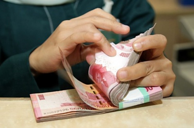 OJK Perpanjang Program Restrukturisasi Kredit