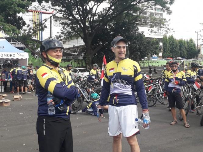 Okan Cornelius Bersama Kodim 0410 Bandar Lampung Ajak Masyarakat Bersepeda