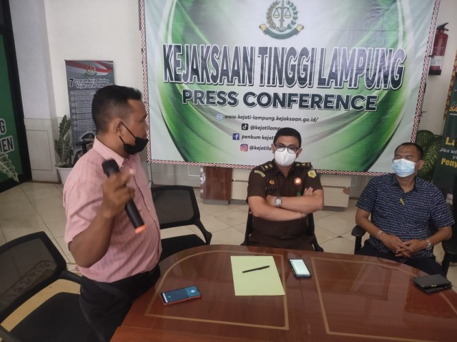Jaksa Kejati Lampung Diduga Minta Uang Diperiksa