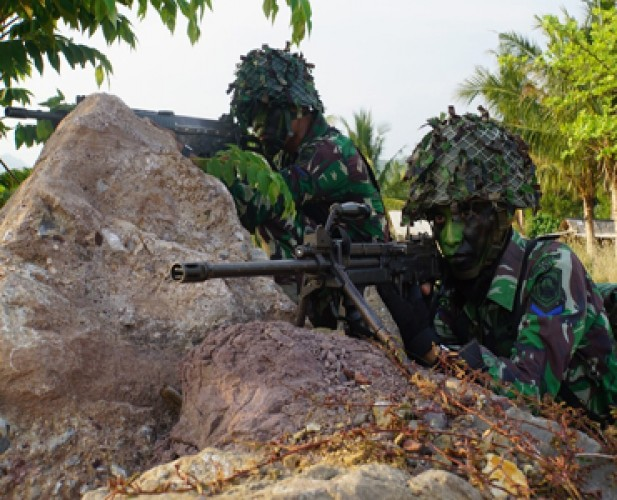 Operasi Senyap Brigif 4 Marinir Kuasai Daerah Musuh