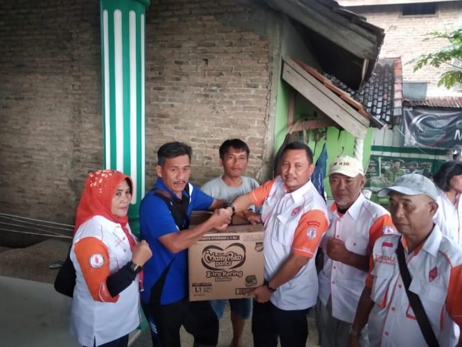 ORARI Salurkan BantuanKepada Korban Banjir di Gedong Tataan