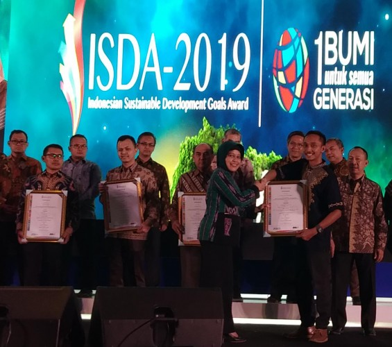 Pabrik Aqua Tanggamus Raih Penghargaan Gold SDGs 6