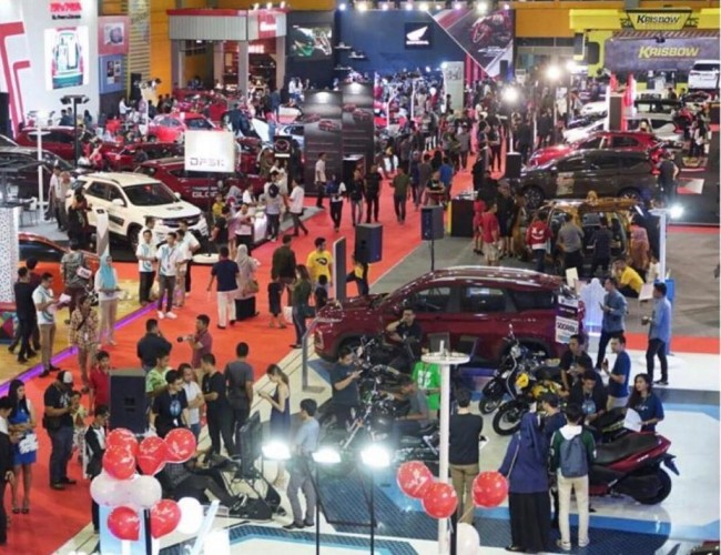 Pameran Otomotif di Makassar Disambut Positif