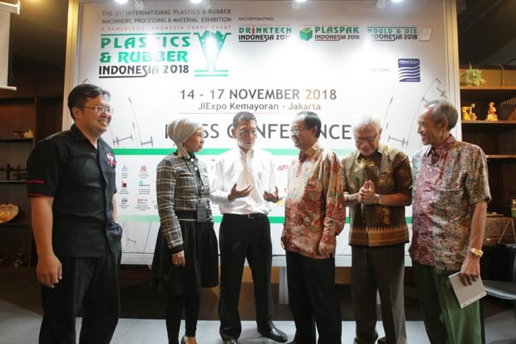 Pameran Pengolahan Plastik dan Karet Digelar di Indonesia