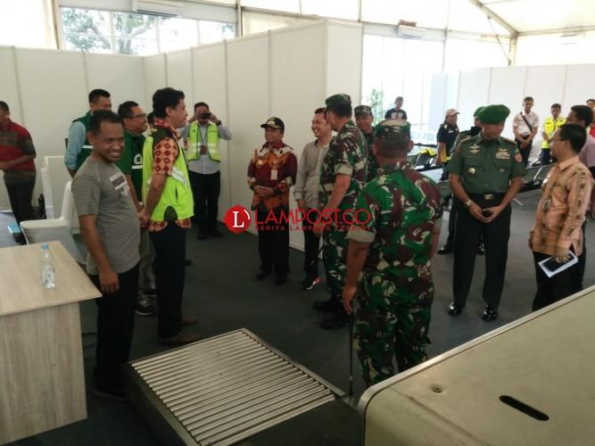 Pangdam Sriwijaya Pantau Kesiapan Bandara Gatot Subroto