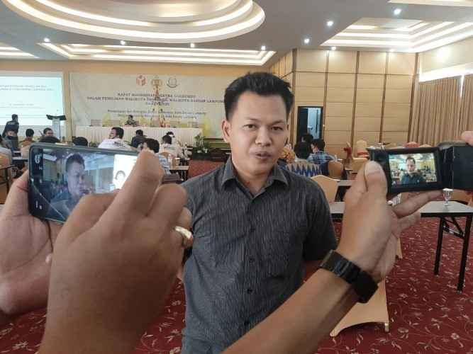 Anggota Panwaslu Sukamenanti Mengundurkan Diri akibat Trauma Digerebek