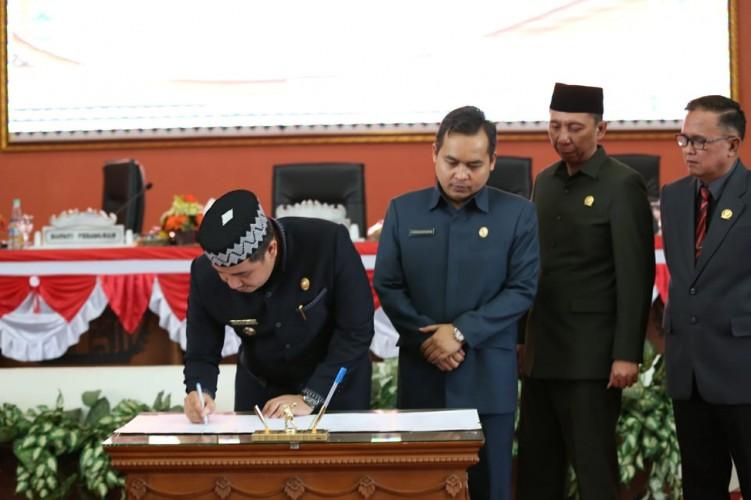 Paripurna DPRD-Pemkab Pesawaran Hasilkan Nota Kesepakatan KUA-PPAS