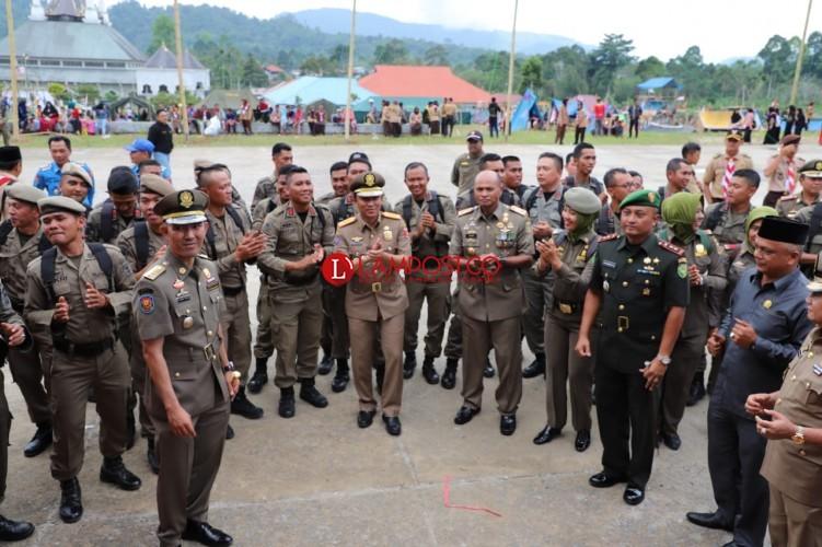 Parosil Pimpin Peringatan HUT Satpol PP, Linmas dan Damkar