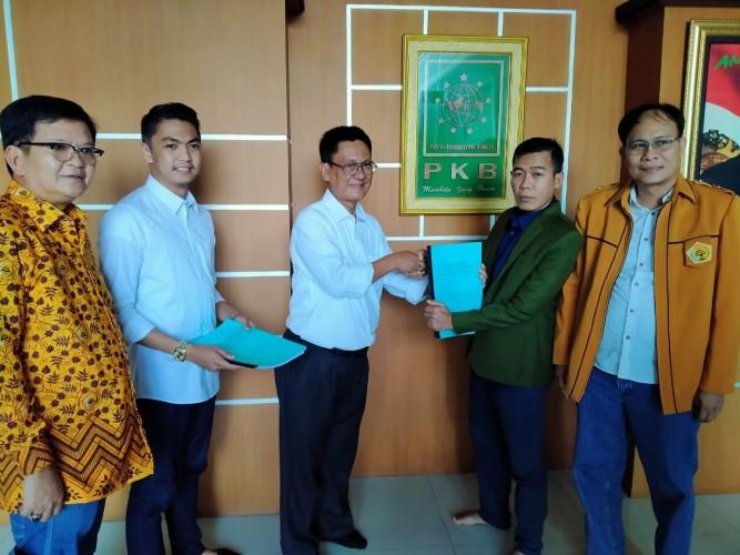 Pasangan ABDY Serahkan Berkas Pendaftaran ke PKB Lampung