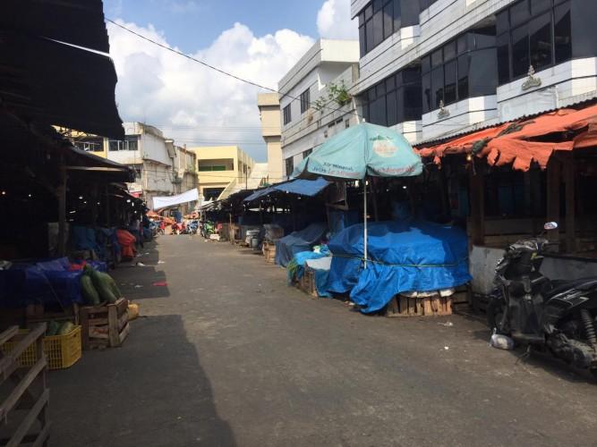Pasar Pasir Gintung Ditutup Usai 5 Pedagang Reaktif Covid-19