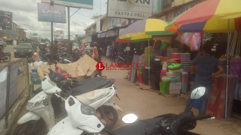 Pasar Simpang Pematang Mulai Ramai Jelang Lebaran
