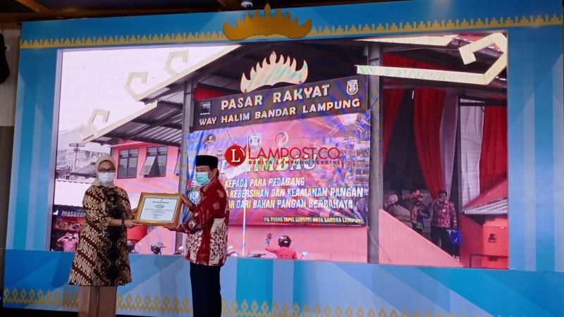 Pasar Wayhalim Juara Satu Nasional Bebas Makanan Berbahaya Oleh BPOM