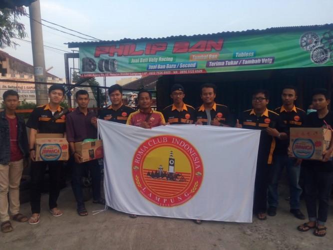 Pecinta Klub AS Roma di Lampung Berbagi dengan Warga dan Anak Panti Asuhan