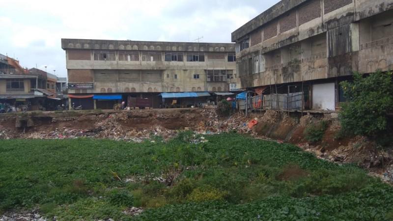 Pedagang Berharap Pembangunan Pasar SMEP Berlanjut