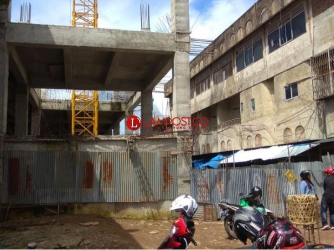 Pedagang Eks Pasar SMEP Tak Sabar Tempati Gedung Baru