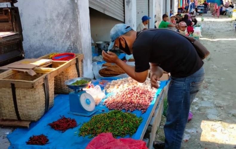 Pedagang Keluhkan Pungutan di Pasar Tradisional Palasjaya