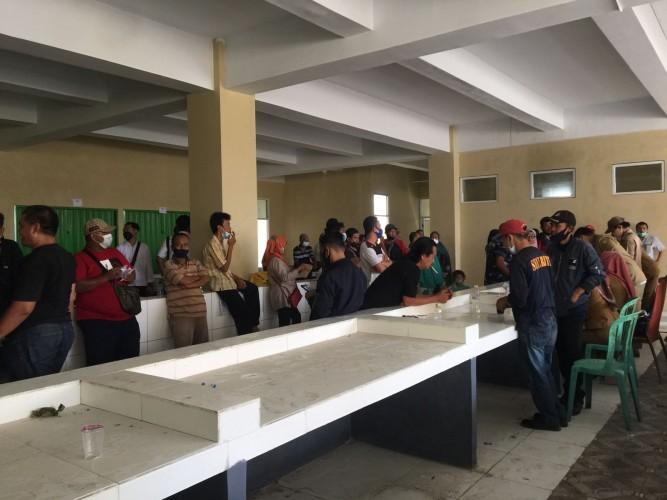 Pedagang Lama Pasar SMEP tak Kebagian Jatah Toko