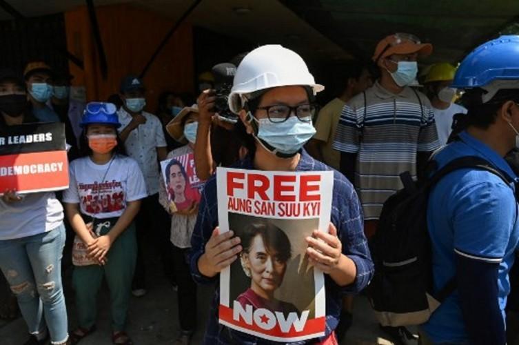 Pejabat Partai Suu Kyi Tewas dalam Tahanan Militer Myanmar