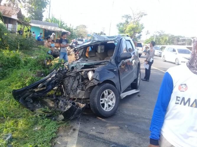 Pejabat Pemkab Lamsel Terlibat Kecelakaan di Jalinsum Kalianda