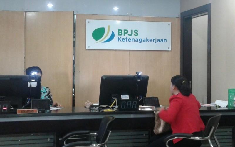 Pekerja yang Dapat Bantuan adalah Peserta Aktif BPJS Ketenagakerjaan
