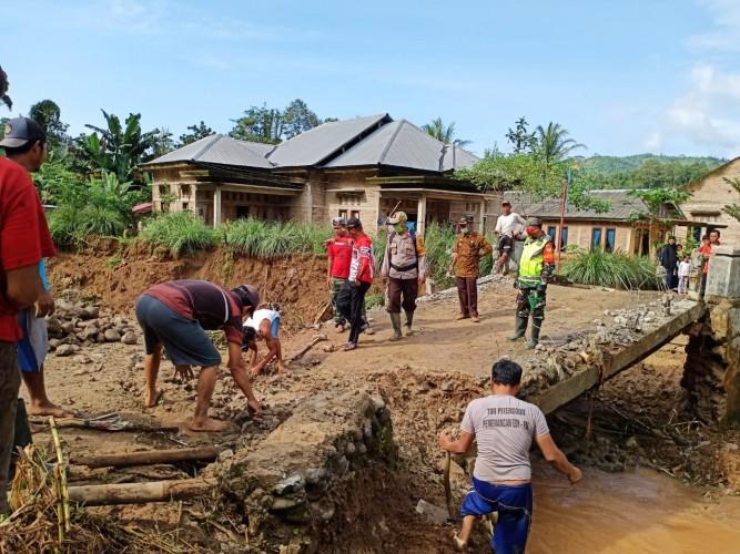 Pekon Hantatai dan Tembelang Dilanda Banjir