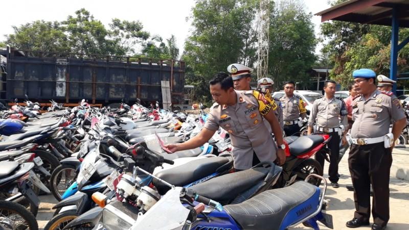 Pelanggar lalin di Tulangabwang Capai 2797