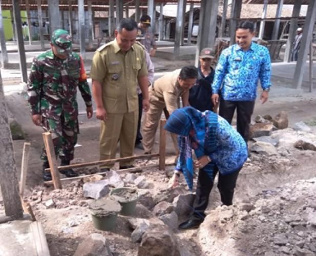 Pembangunan Infrastruktur dari DD Harus Selesai Desember