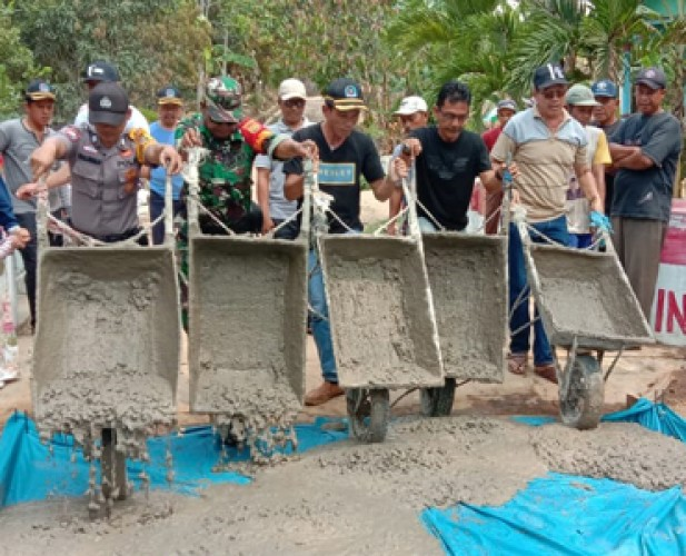Pembangunan Jalan Penghubung Antardusun Dongkrak Perekonomian Masyarakat