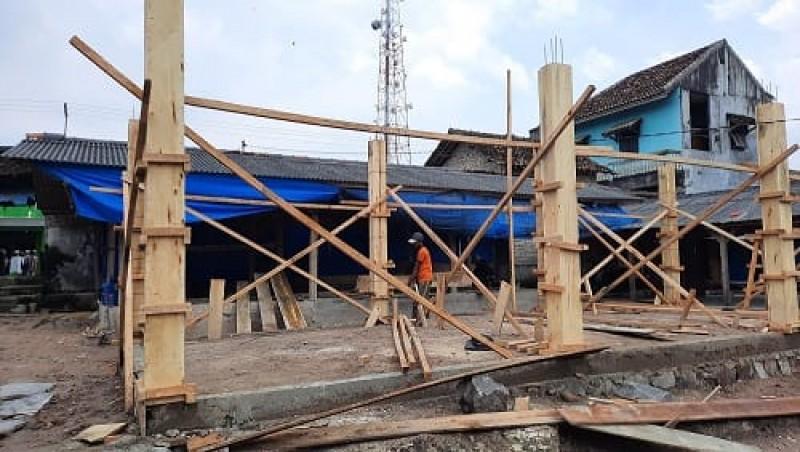 Pembangunan Los Pasar Desa Bangunan di Lamsel untuk Tingkatkan Ekonomi Rakyat