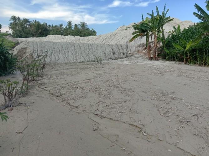 Pembangunan Pabrik Jagung di Desa Tamansari Rugikan Warga