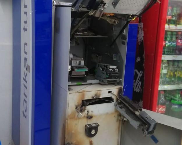 Pembobol Mesin ATM Gagal Bawa Jarahan