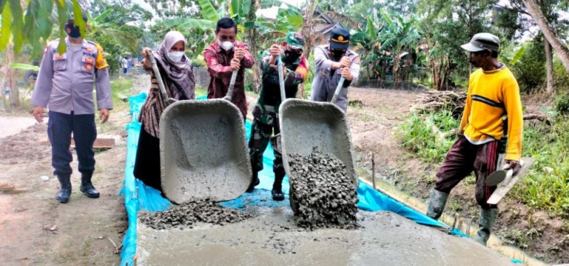 Pemdes Tanjungsari di Lamsel Wujudkan Pembangunan Infrastruktur