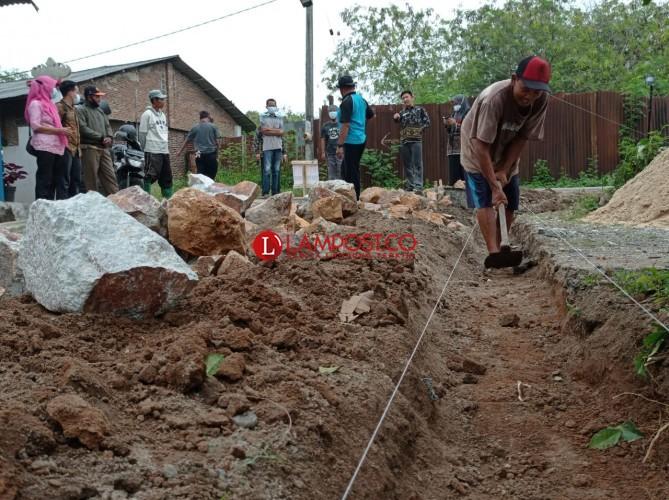 Pemerintah Desa Diminta Prioritaskan Bangun Jalan Beton Ketimbang Talut