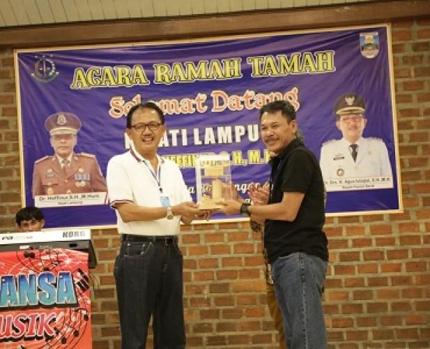 Pemkab Pesisir Barat Tingkatkan Kekompakan dengan Kejati Lampung