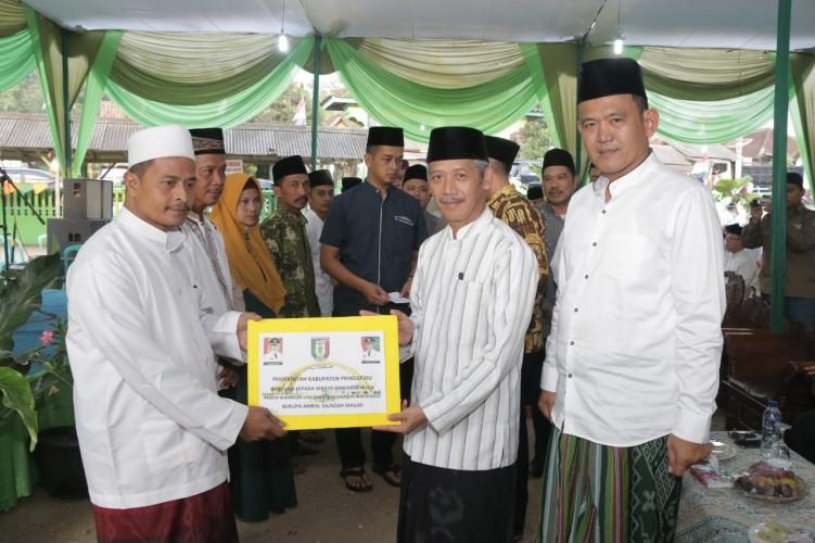 Pemkab Pringsewu Salurkan Bantuan Hibah ke Sejumlah Masjid dan Ponpes