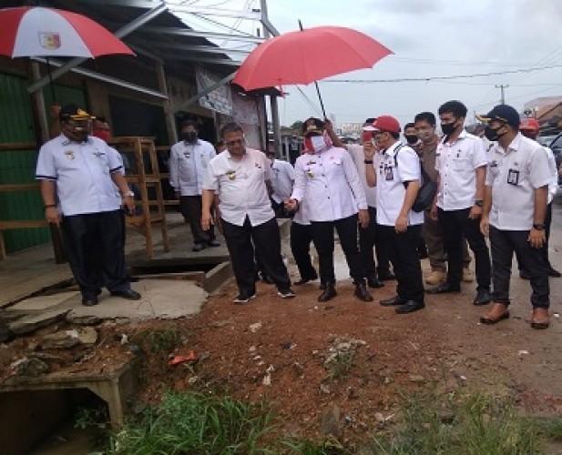 Pasar Unit II Banjaragung Ditata Ulang