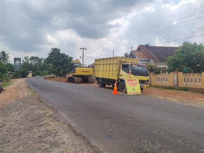 Pemkab Tubaba Perbaiki Eks Jalan Provinsi Simpang PU—Panaragan Jaya