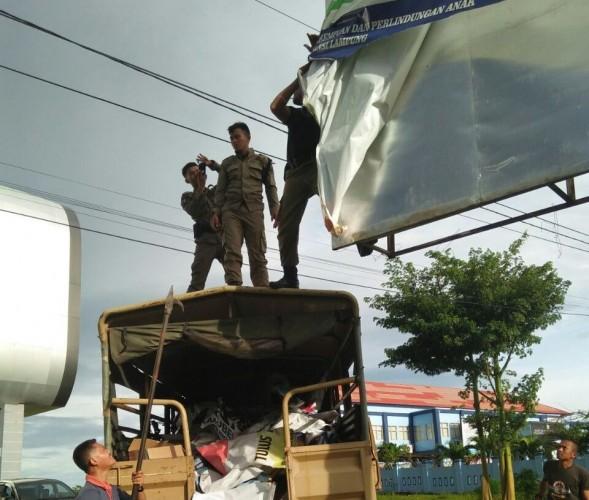Pemkot Bandar Lampung akan Bongkar 65 Papan Reklame Tak Berizin