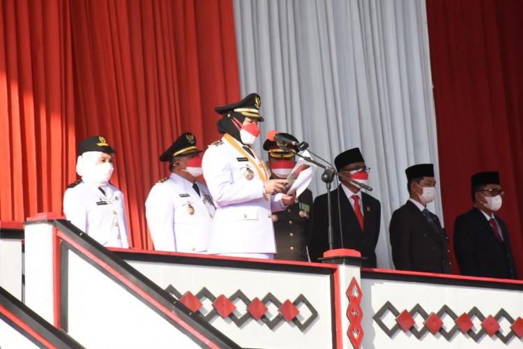 Pemkot Bandar Lampung Gelar Upacara Pengibaran Bendera Peringati HUT ke-76 RI Lebih  Pagi