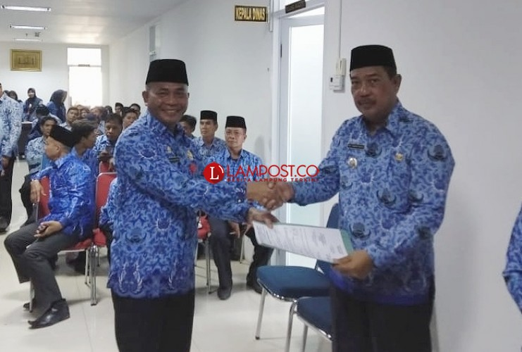 Pemkot Bandar Lampung Salurkan 20 Alat Perekam KTP-El