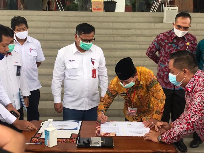 Pemkot Bandar Lampung Terima Bantuan Mobil Damkar