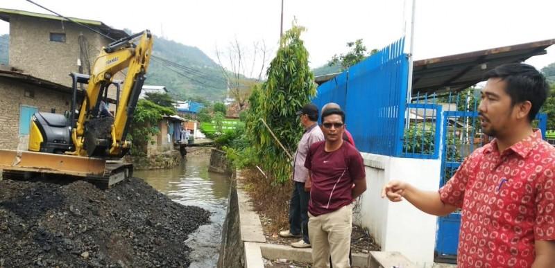 Pemkot - BBWS Keruk Sedimentasi  Sungai Way Lunik